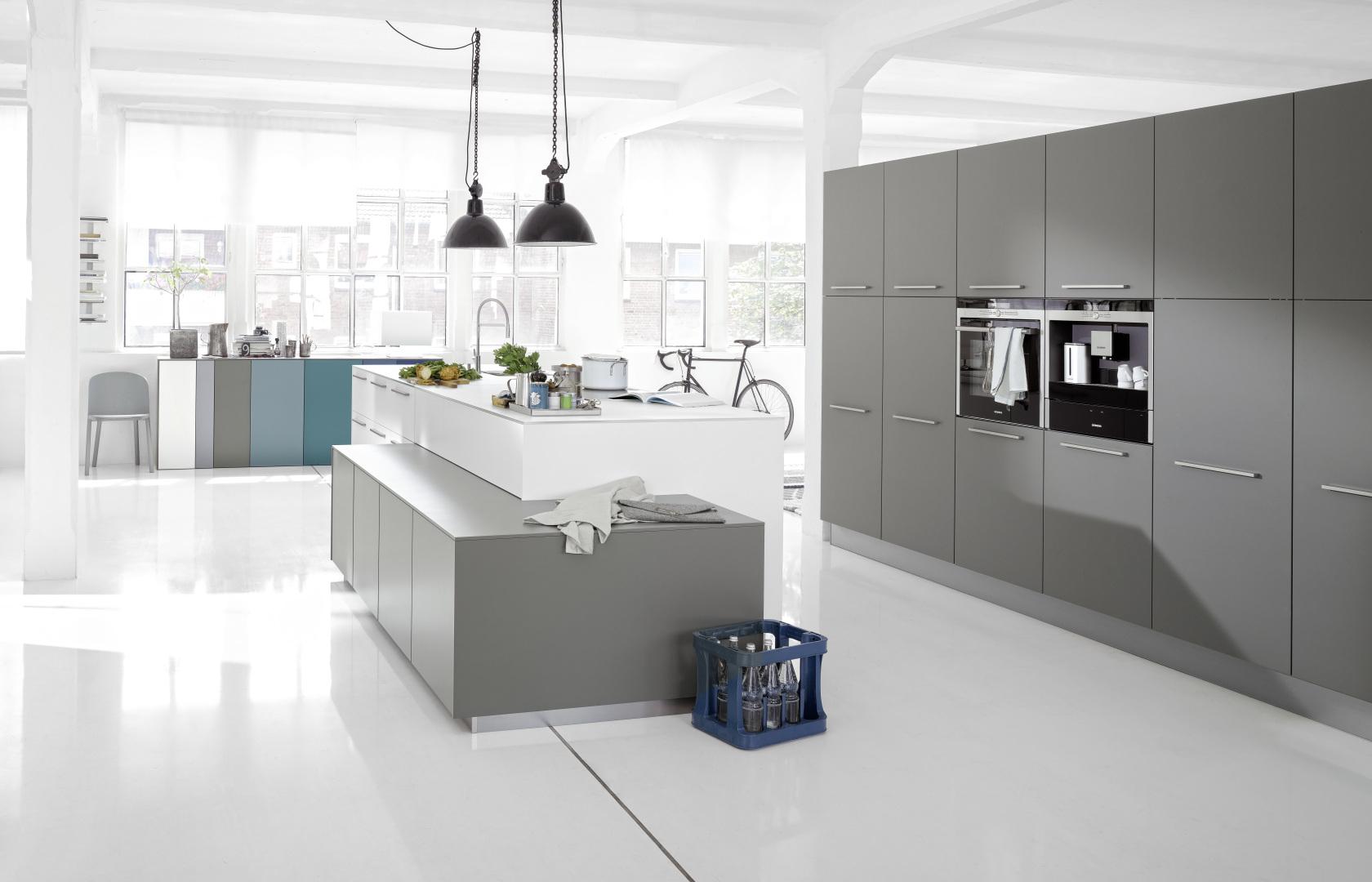 cuando construimos una cocina o renovamos la nuestra hay que decidir la forma que tendr y la distribucin de los muebles a veces es buena idea reformar - Distribucion Cocina