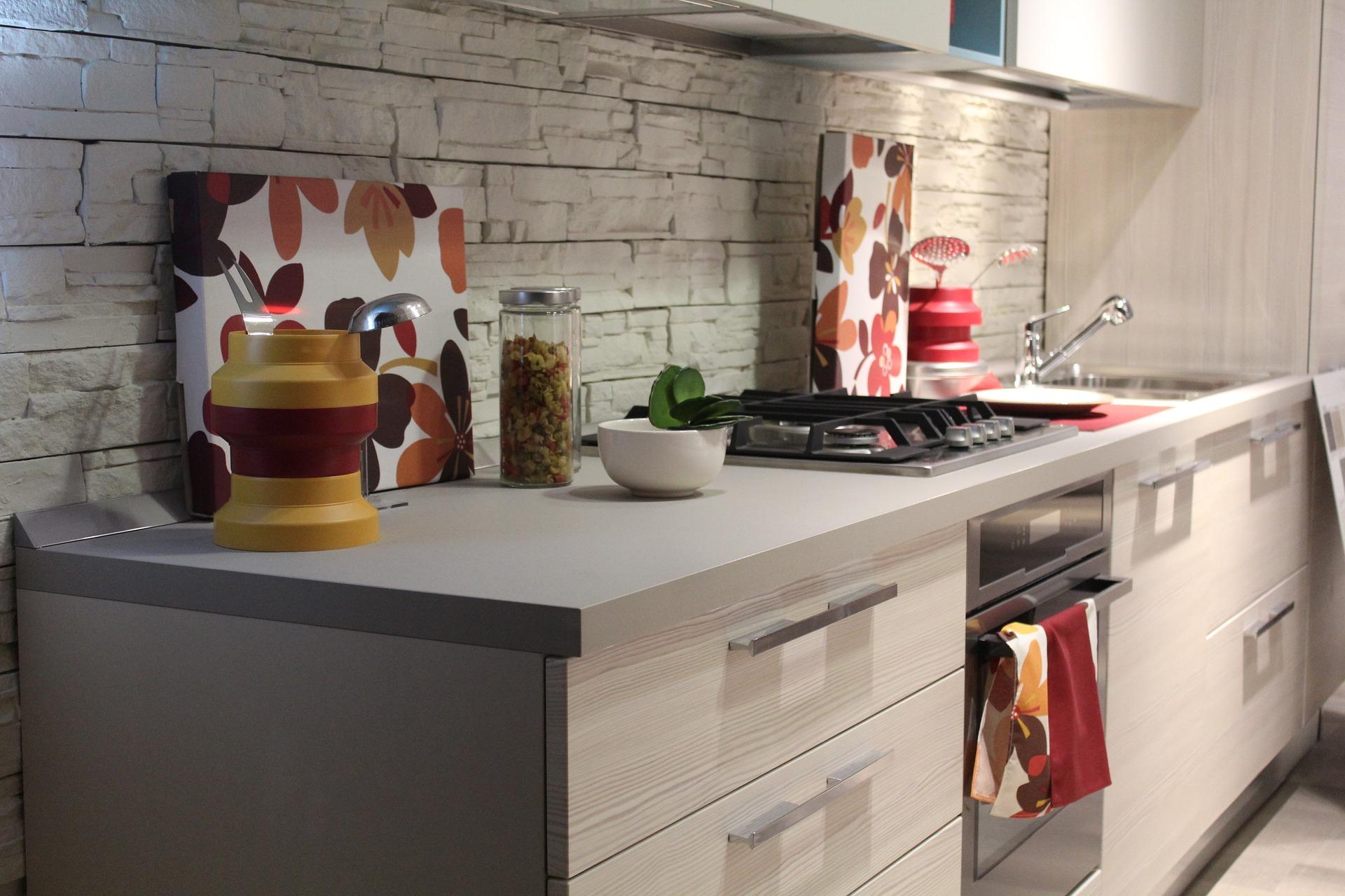 Por qué comprar tus muebles en una tienda de cocina? | Malaga ...